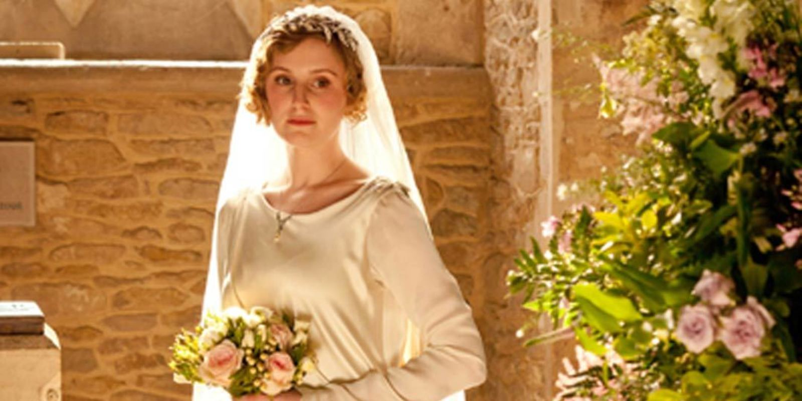 Downton abbey wedding dress inspiration elle uk for Downton abbey style wedding dress
