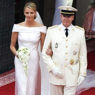 Kate moss wedding fashions royal wedding is finally here kate moss is marrying jamie hince and we know youre as anxious to get a glimpse of the dress as us junglespirit Gallery