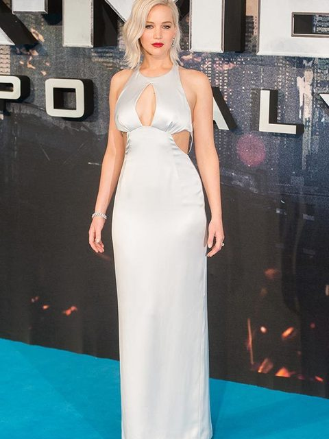 Jennifer lawrence dresses style fashion celebrity style jennifer lawrence wearing a dior dress and pomellato jewellery for the x men apocalypse voltagebd Image collections