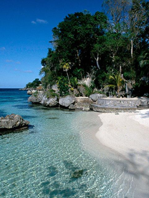 beach of the week goldeneye oracabessa. Black Bedroom Furniture Sets. Home Design Ideas