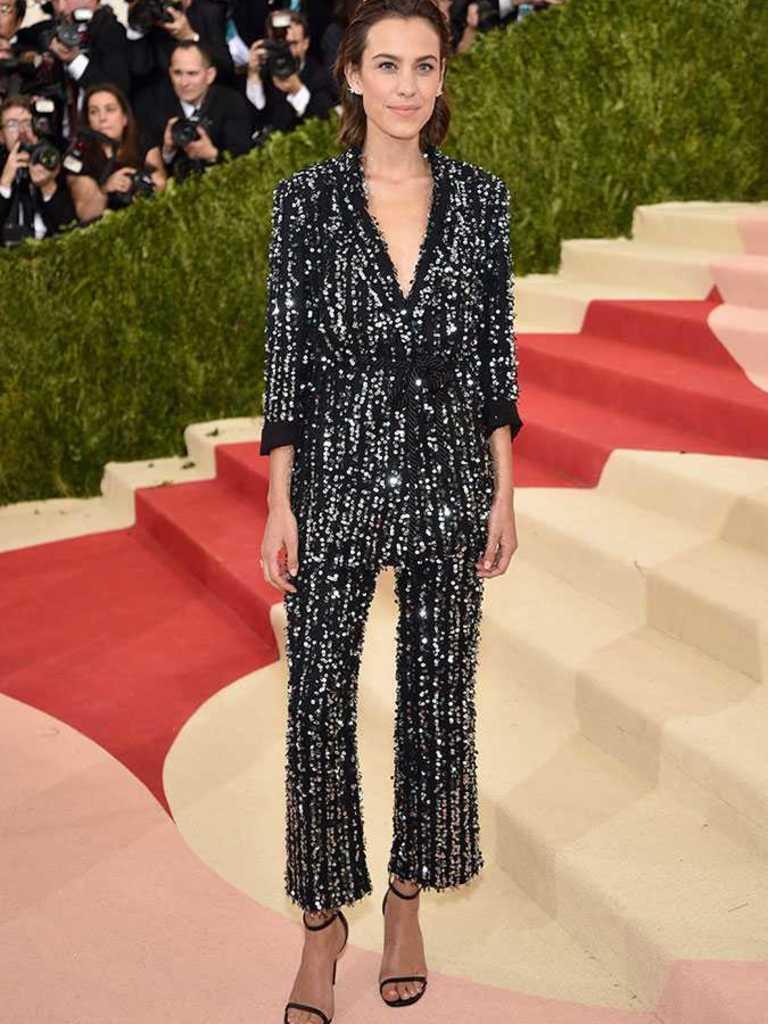 Fashion style girl dress 2018 met