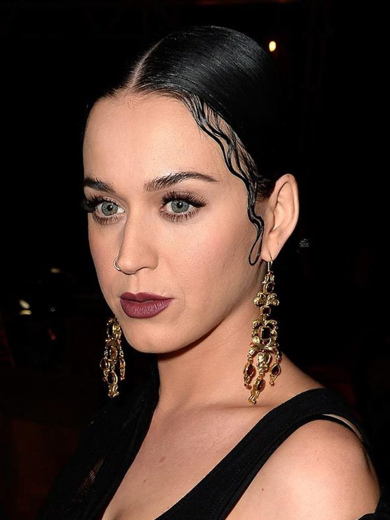 Styling Baby Hair Aw15 Beauty Trend Baby Hairs