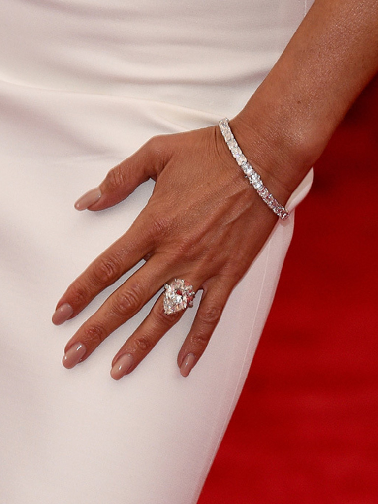 in detail victoria beckhams engagement ring collection - Victoria Beckham Wedding Ring
