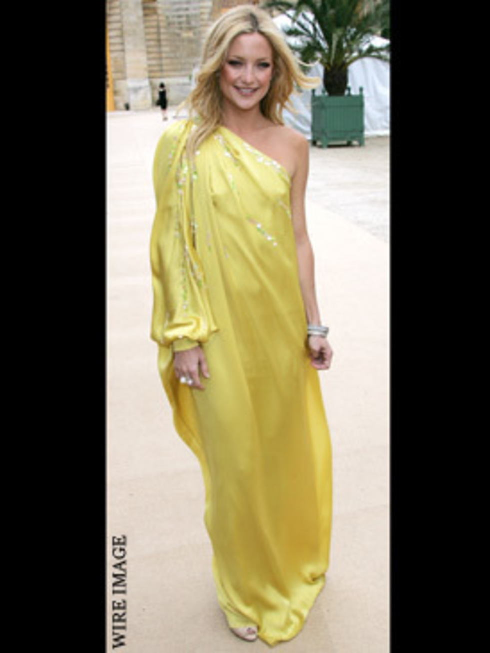 Kate hudson yellow dress uk