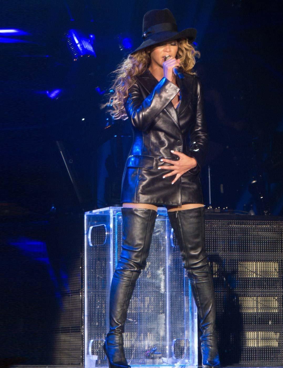 Beyoncé's The Mrs Carter Show World Tour Outfits