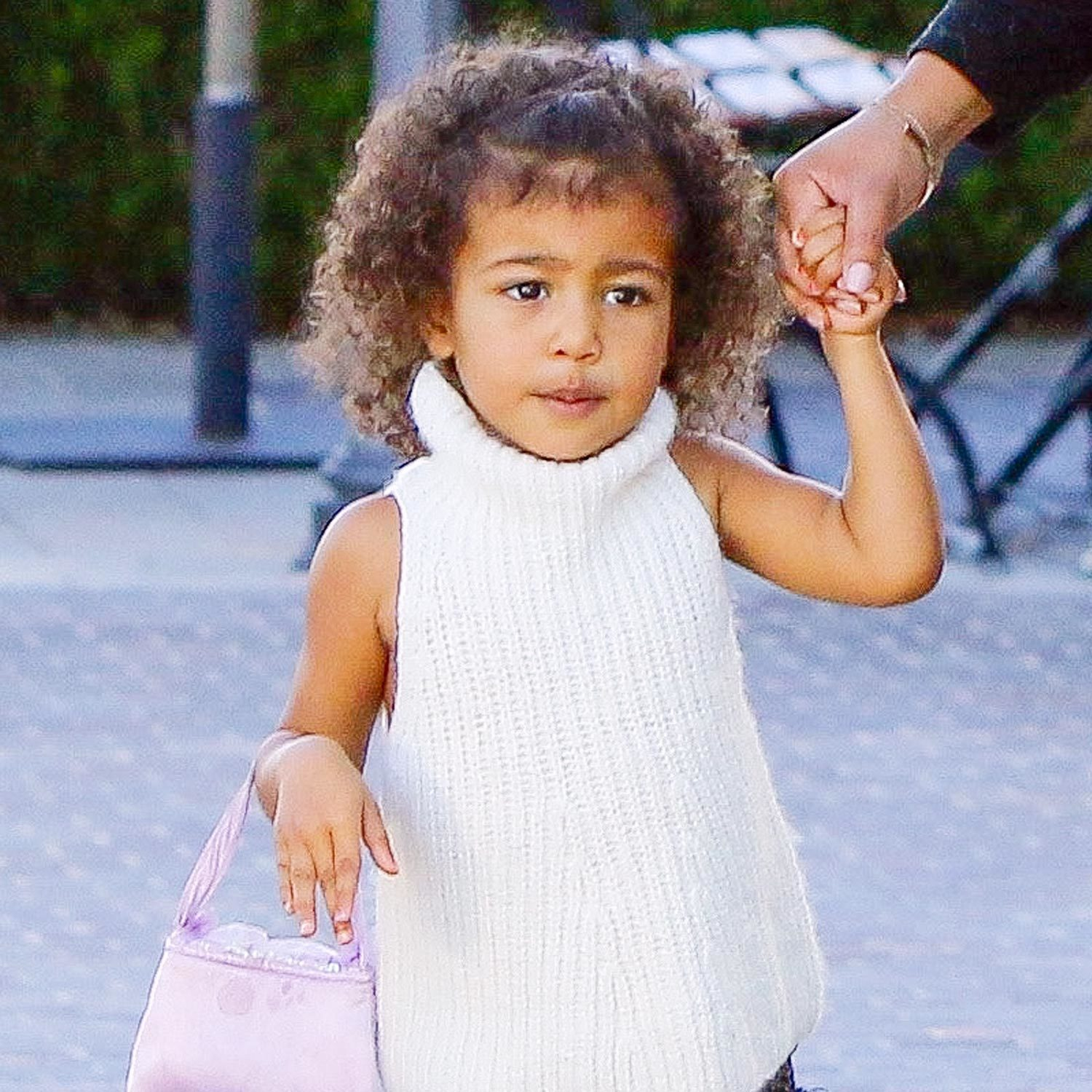 North west amp kim kardashian baby pictures fashion celebrity style