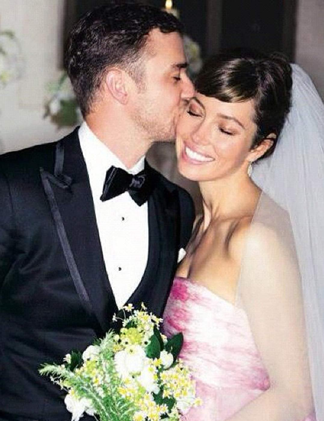 how jessica biel chose her pink wedding dress by