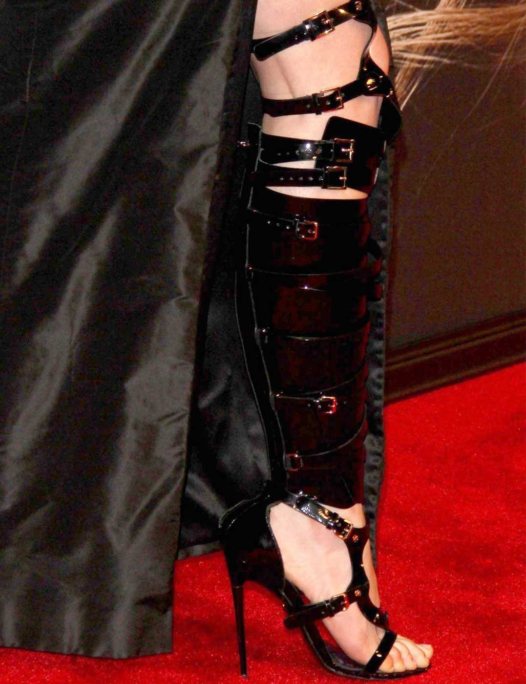 Anna Hathaway Wears Bespoke Tom Ford Bondage Boots To Les