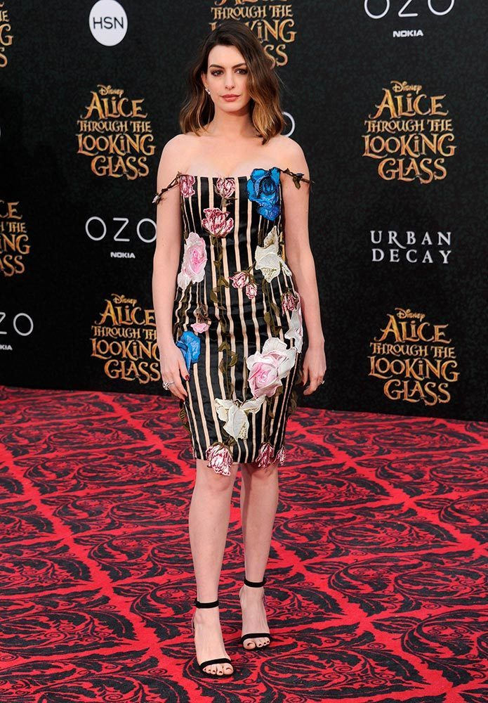 Anne Hathaway S Style File
