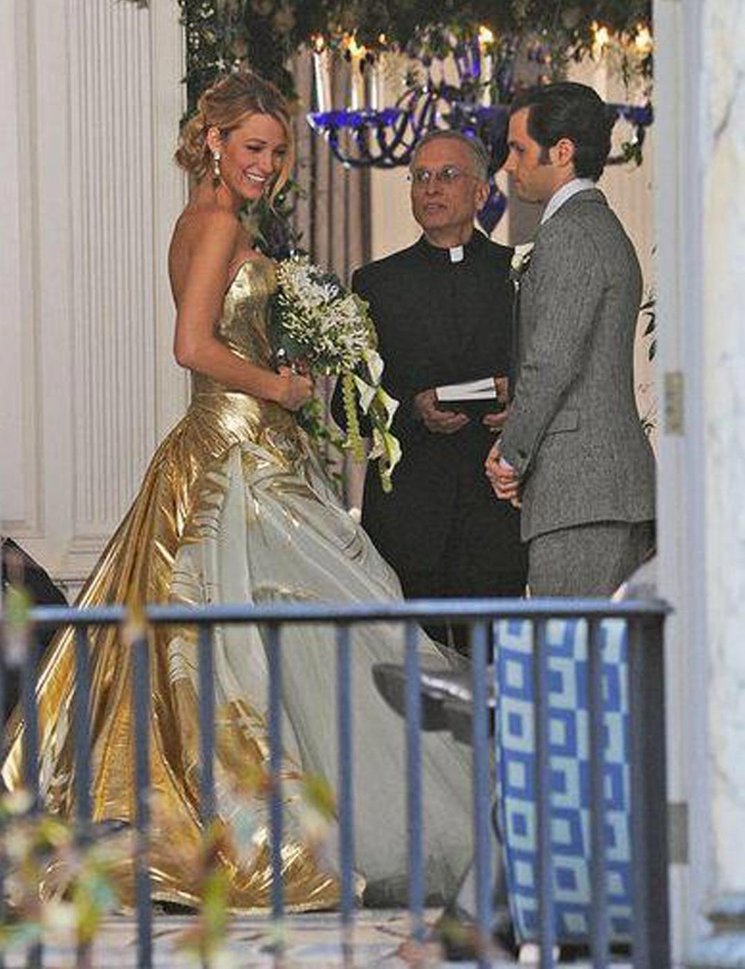 Blake lively is snapped in gold georges chakra for gossip for Georges chakra gold wedding dress price