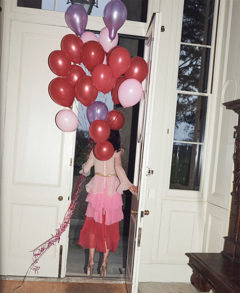Laura Jackson 30th birthday party balloons