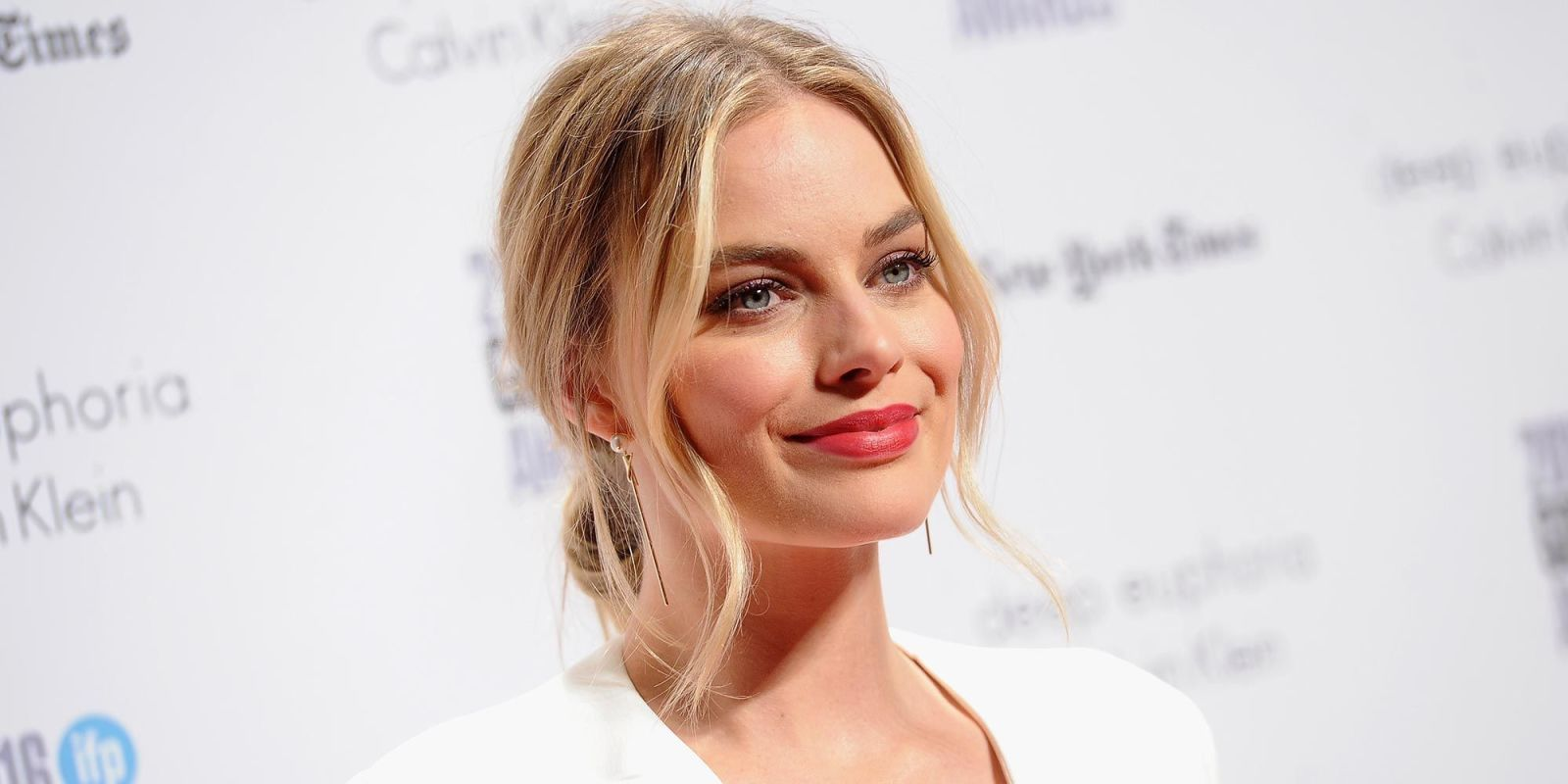 Margot Robbie Has Undergone a Huge Transformation for Her New Royal Role foto