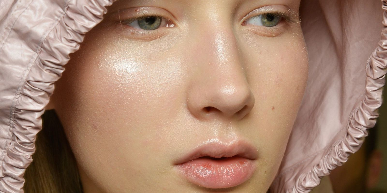 how to make makeup look natural with acne