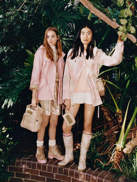 Models:Estella Boersma & Xiaomeng Photographer:Matteo Montanari
