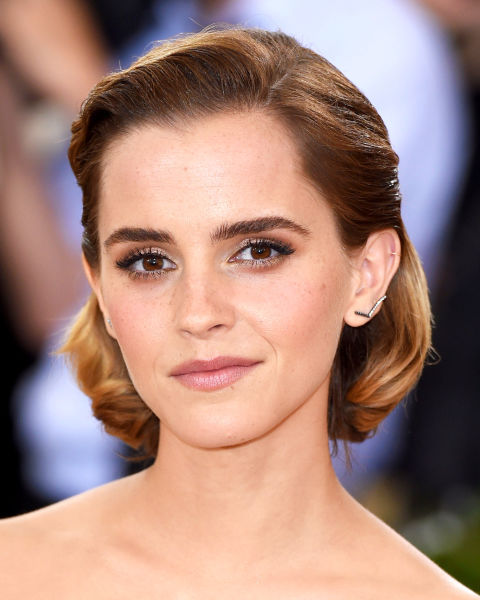 29 best short hair styles bobs pixie cuts and more celebrity 29 best short hair styles bobs pixie cuts and more celebrity hairstyles for short hair urmus Gallery