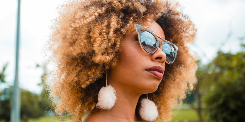 How To Style Curly Hair In Hot Weather Tips And Tricks From The