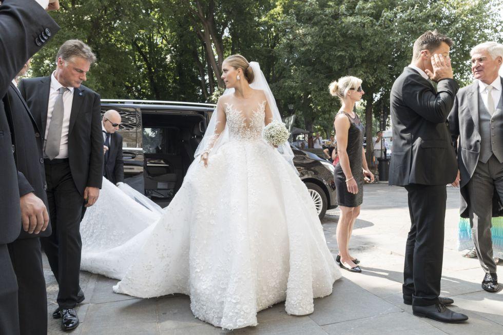 Best celebrity wedding dresses 2017 celeb bridal style victoria swarovski wedding dress junglespirit Gallery
