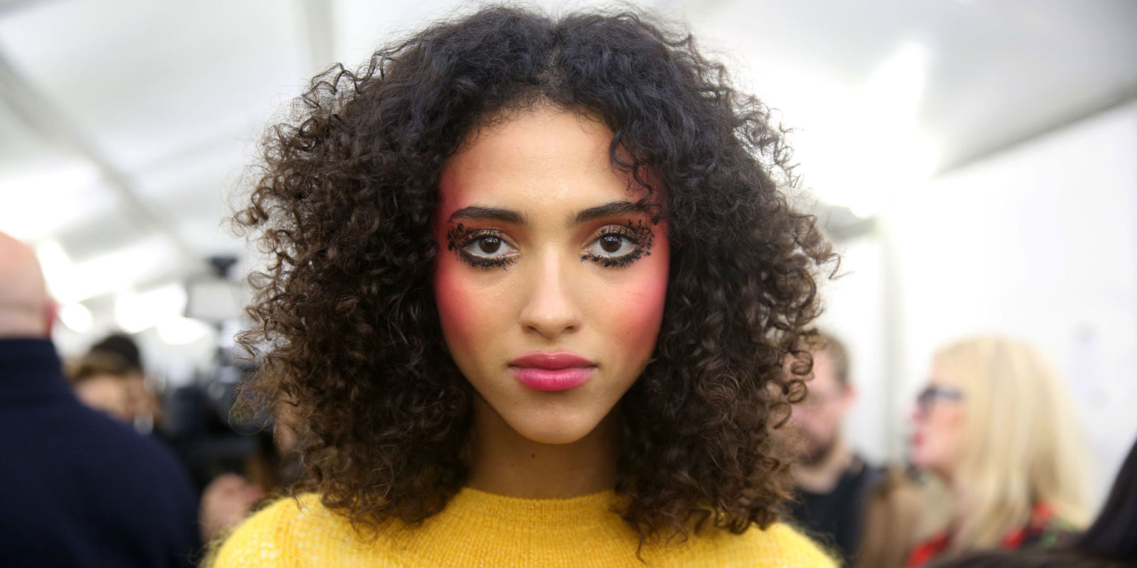 spring makeup trends for 2018 best ss18 spring beauty trends