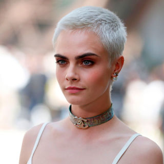 29 best short hair styles bobs pixie cuts and more celebrity is there any style she wont urmus Image collections