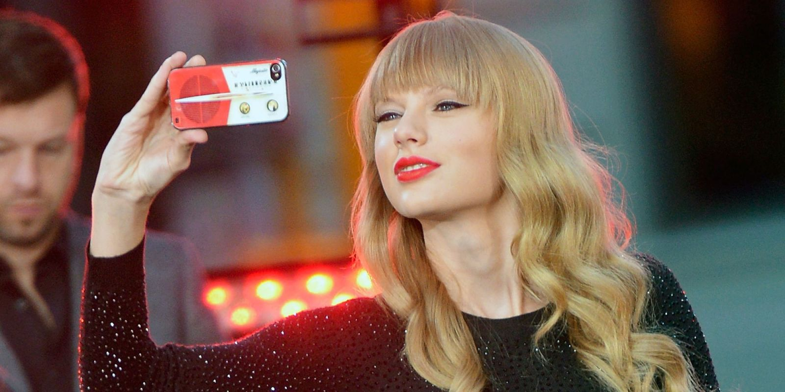 Taylor Swift Wants To Chat To You Via Her New App 'The ...