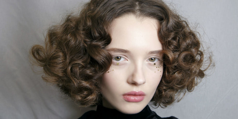 How To Style Curly Hair Without Heat 10 Ways To Get Curly Hair Without Heat Hair Straighteners Or .