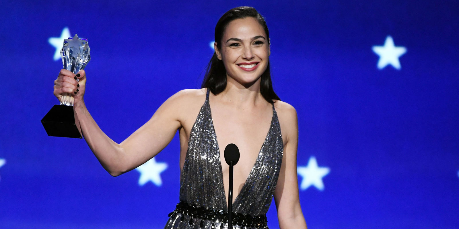 Gal Gadot Yet Again Proves Why She's A Real-Life Wonder Woman