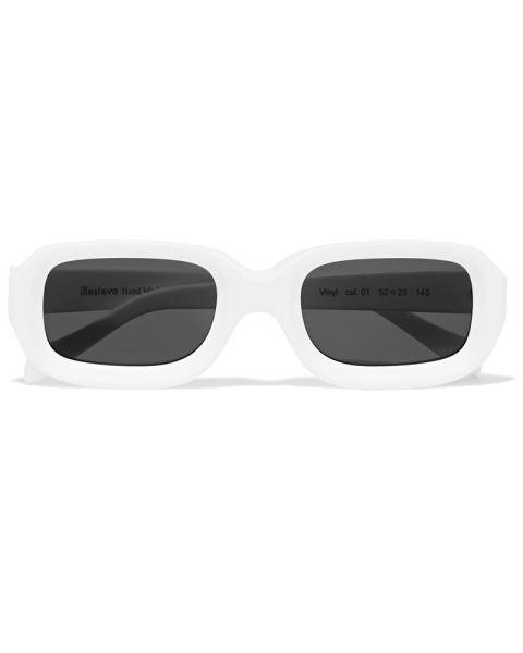 white-illesteva-sunglasses.jpg (480×600)