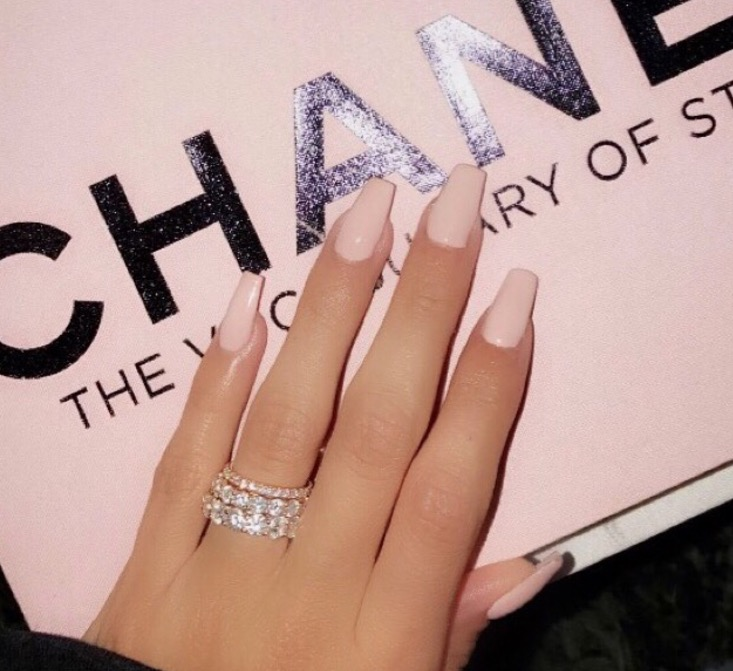 Nail art designs the best celebrity nail art for all your hailey baldwin nail art prinsesfo Gallery