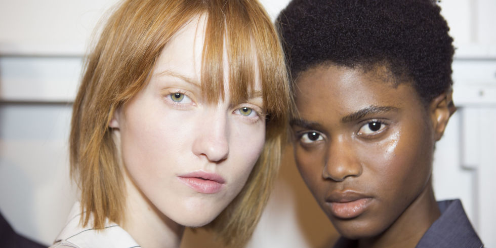 Foundation For Oily Skin - 8 Of The Best Foundations For Acne And ...